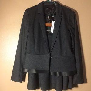NWT/NWOT T Tahari Suit Set